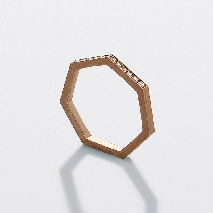 Heptagon Ring